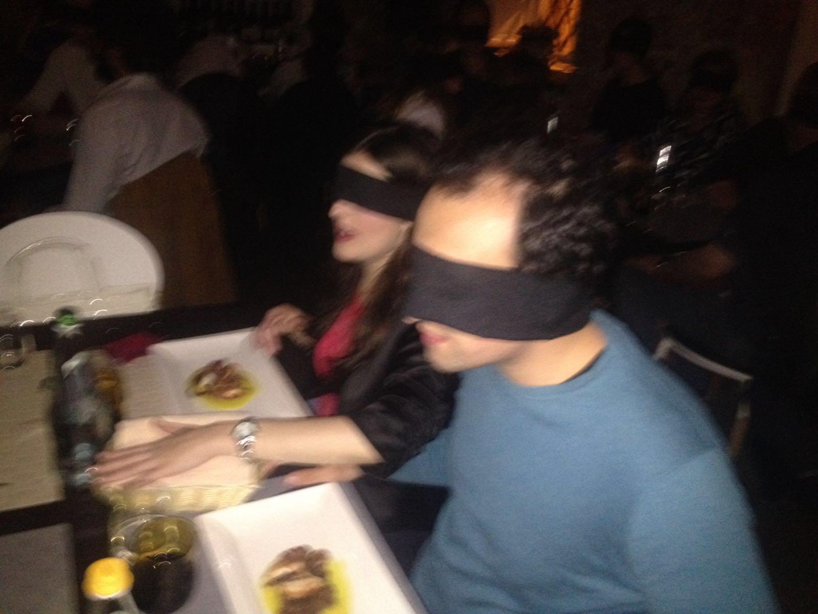 cena al buio